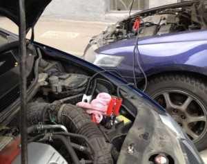 Прикуривание аккумулятора от другой машины