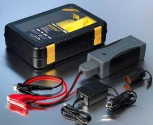 Использование переносного аккумулятора для запуска двигателя