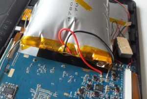Аккумулятор с выводами