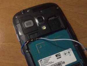 Включение телефона без аккумулятора