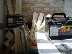 Зарядка автомобильного аккумулятора от ЗУ «Кедр»