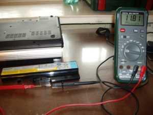 Измерение напряжения батареи