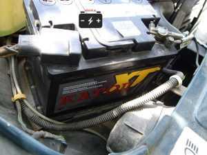 Аккумулятор Катод XT на автомобиле