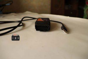 16-контактный разъём и USB