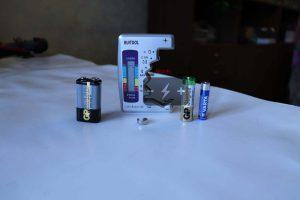 Ruitool RT-15B и тестируемые элементы питания