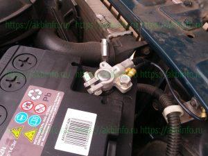 Минусовой токововывод аккумулятора