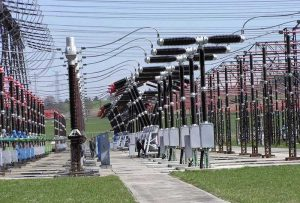 Коллективное хранение энергии в аккумуляторах выгодно в глобальной декарбонизации
