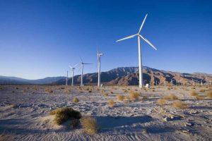 Первая ветряная электростанция в Саудовской Аравии была подключена к электросетям