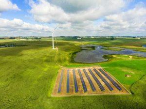 Кооперативы в Миннесоте медленно переходят на возобновляемую энергию