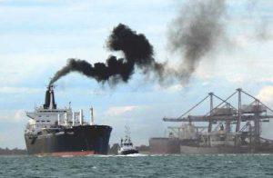 ICS предлагает ввести глобальный налог на выбросы углерода от судоходства
