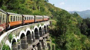 Indian Railways могут оснащать солнечными батареями поезда