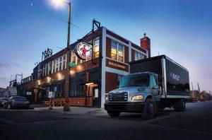 Компания Freightliner Daimler Trucks испытала электрические грузовики в реальных условиях и готова к приёму заказов