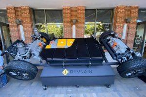 Rivian собирается выпускать аккумуляторные элементы самостоятельно