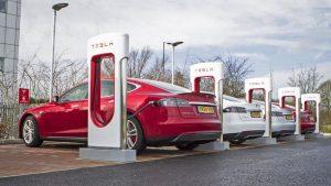 Tesla: по итогам третьего квартала поставлено 241300 электромобилей